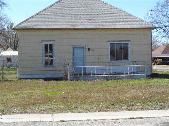 For Sale: 517 N Logan, Attica KS