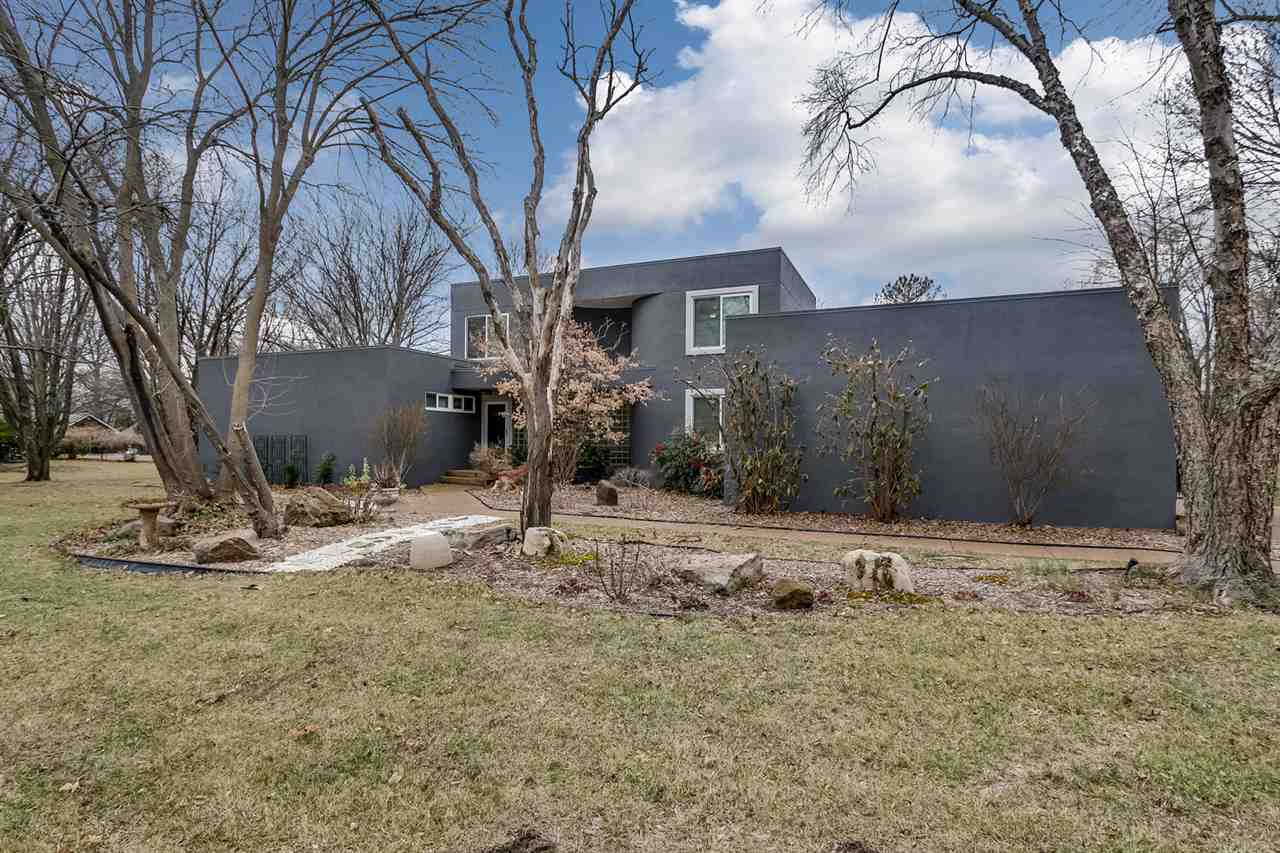 For Sale: 17 N Sagebrush St, Wichita KS