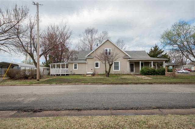 For Sale: 223 E 9th St., Harper KS