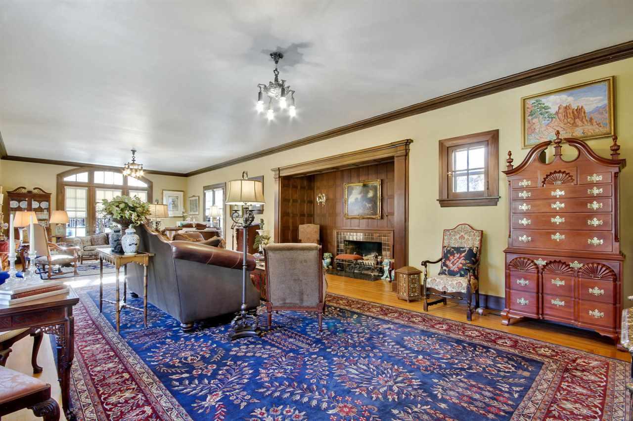 For Sale: 401 N BELMONT AVE, Wichita KS