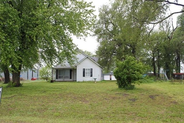 For Sale: 4411 S Woodberry, Burrton KS