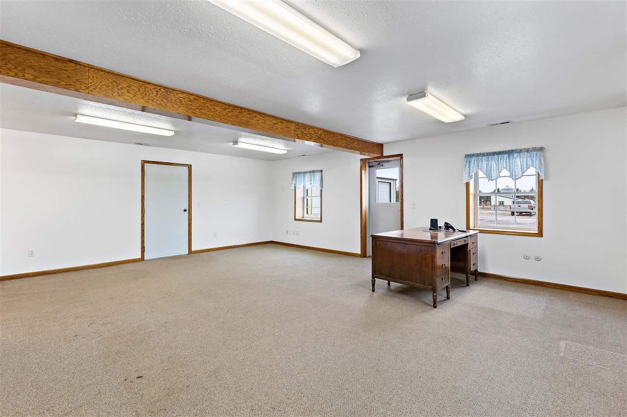 For Sale: 9704 S Halstead St, Hutchinson KS