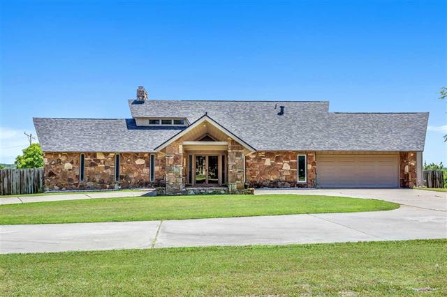 For Sale: 117  Greenway, Arkansas City KS