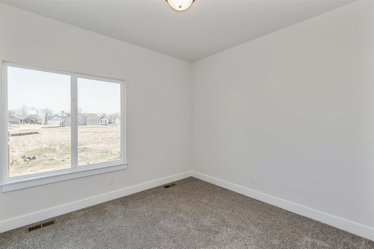 For Sale: 5906 Driftwood Ct, Wichita, KS, 67205,