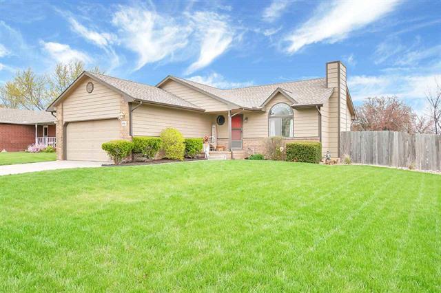For Sale: 9902 W WESTLAWN CIR, Wichita KS