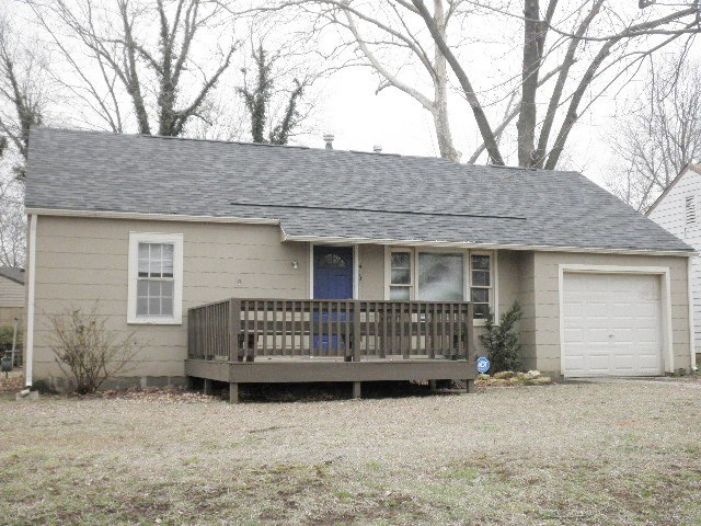 For Sale: 419 E 16th Ave, Winfield KS