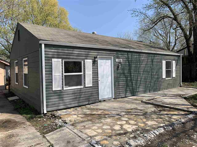 For Sale: 1310 E Evanston St, Park City KS