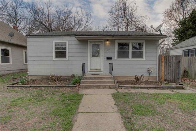 For Sale: 319  Pine, Halstead KS