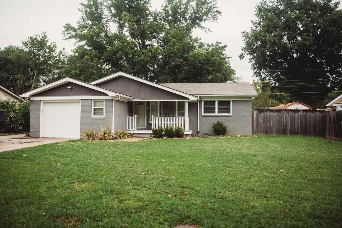 571 S Spring Creek Dr, Derby, KS, 67037