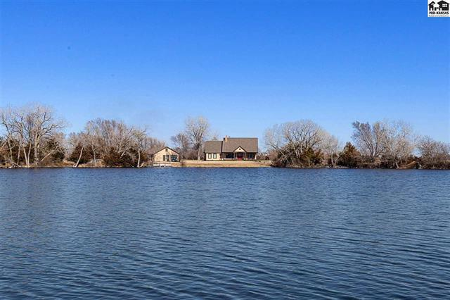 For Sale: 1050 E Santa Fe, Sterling KS