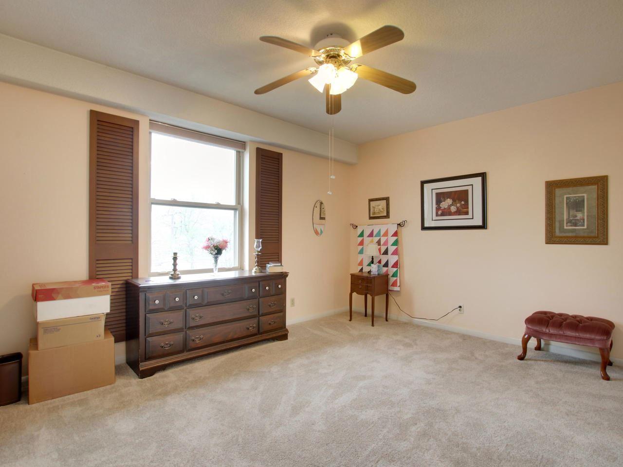 For Sale: 5051 E Lincoln St Apt 3G, Wichita KS