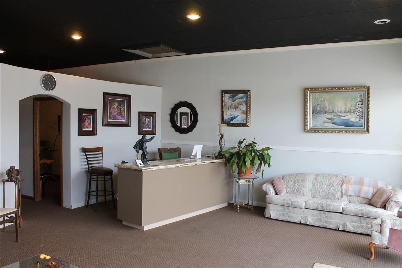 For Sale: 1303 N Main St, Hutchinson KS