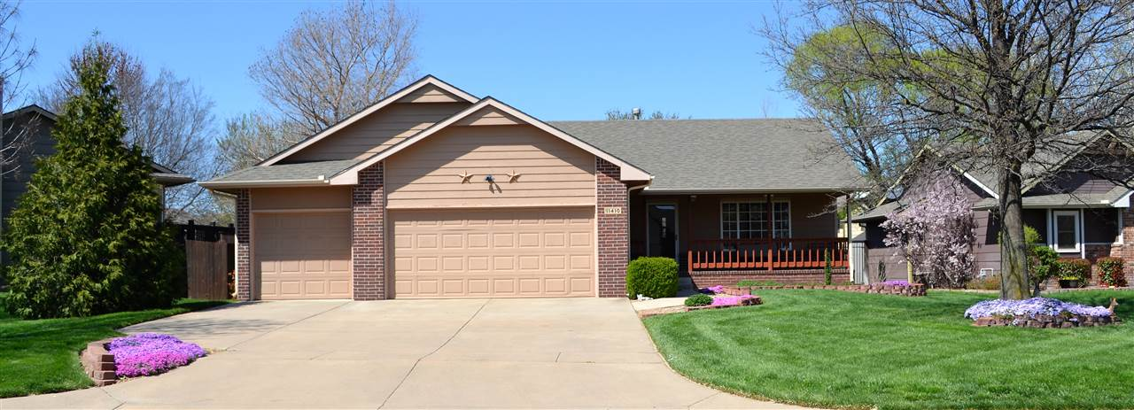 Don't miss this great 3 bedroom, 3 bath home in the Maize school district. You will enjoy this move