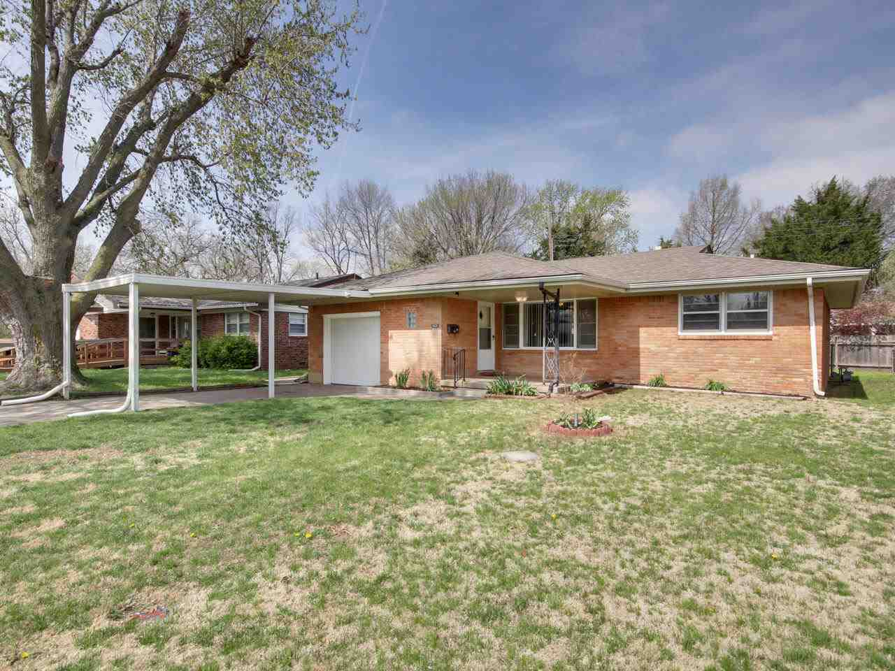 Welcome home to this beautifully remodeled 3 bedroom, 1 bath brick ranch nestled in a quiet Haysvill