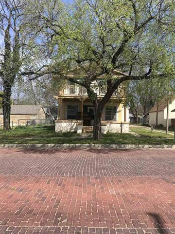 For Sale: 314 W Chestnut, Arkansas City KS