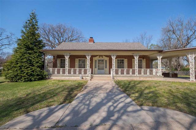 For Sale: 520 W 10th St, Newton KS