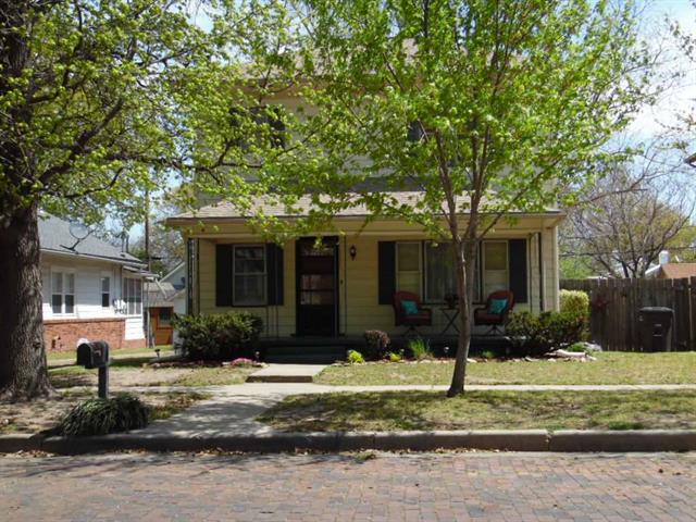 For Sale: 506 N 3rd, Arkansas City KS