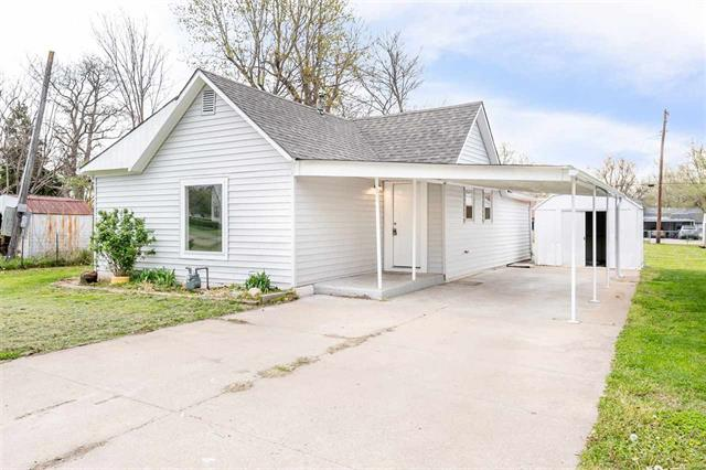 For Sale: 822 N Washington St, El Dorado KS