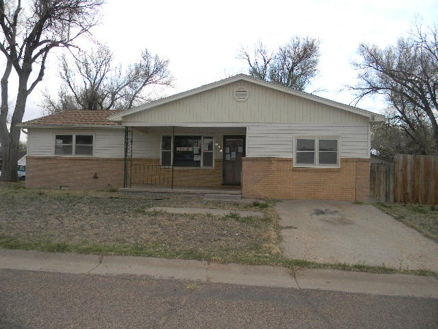 For Sale: 224  4th, Elkhart KS
