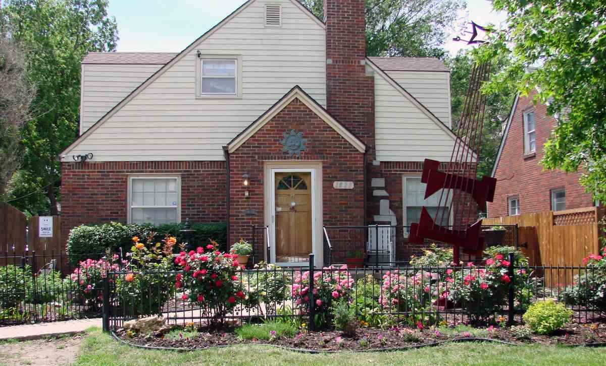For Sale: 1825 E Waterman St, Wichita KS