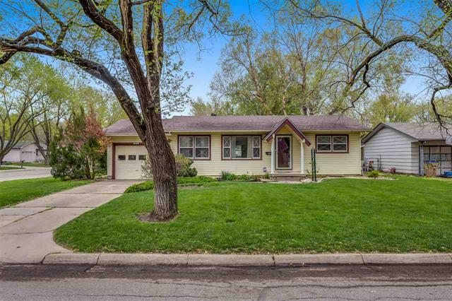 For Sale: 400 S Circle Dr, Derby KS