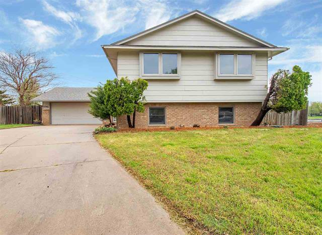 For Sale: 11946 W Rolling Hills Ct, Wichita KS