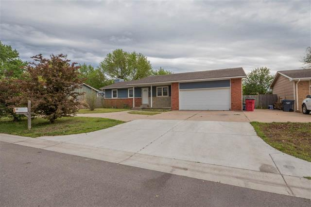 For Sale: 1219 E Riley Ave, Haysville KS