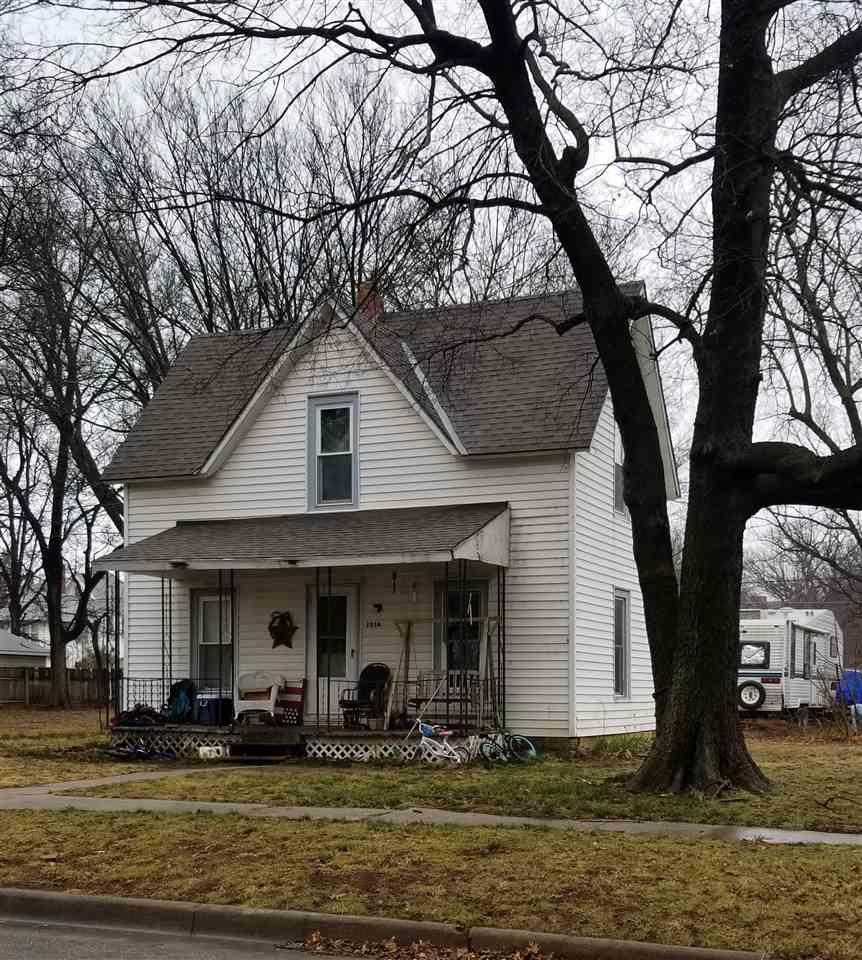 For Sale: 1014  LOWRY, Winfield KS