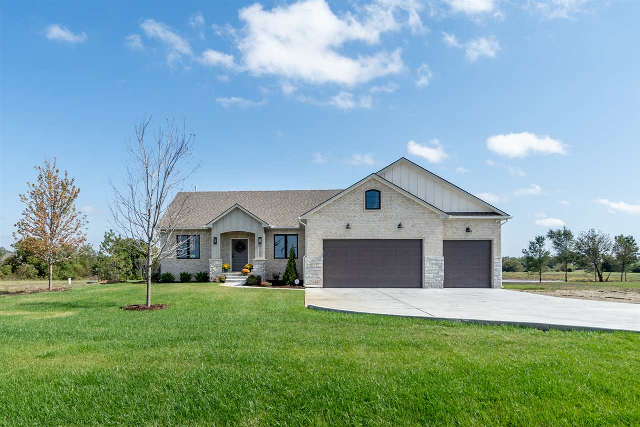 Archibald Homes presents The Homesteader on a 2.56 acre lot that offers a long drive and fabulous cu