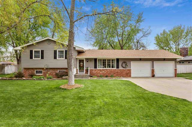 For Sale: 1405 W 14TH AVE, Hutchinson KS