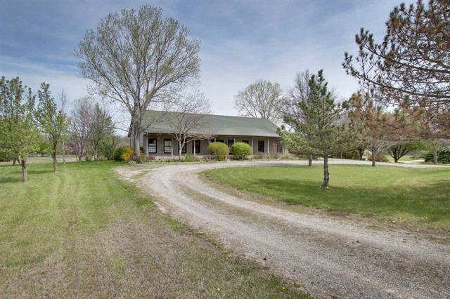 For Sale: 4340 SW Lakeview, Towanda KS
