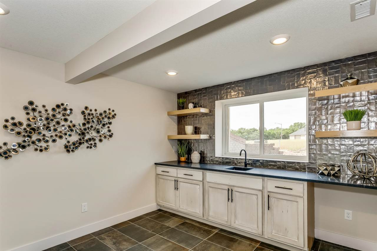 For Sale: 1112 E Summerchase, Derby KS