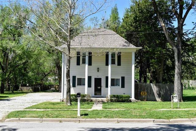 For Sale: 311 S Birch, Hillsboro KS