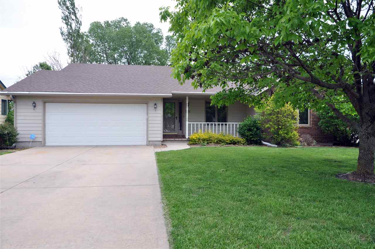 A well kept ranch style home nestled in the lovely Quail Creek Addition. This home has three bedroom
