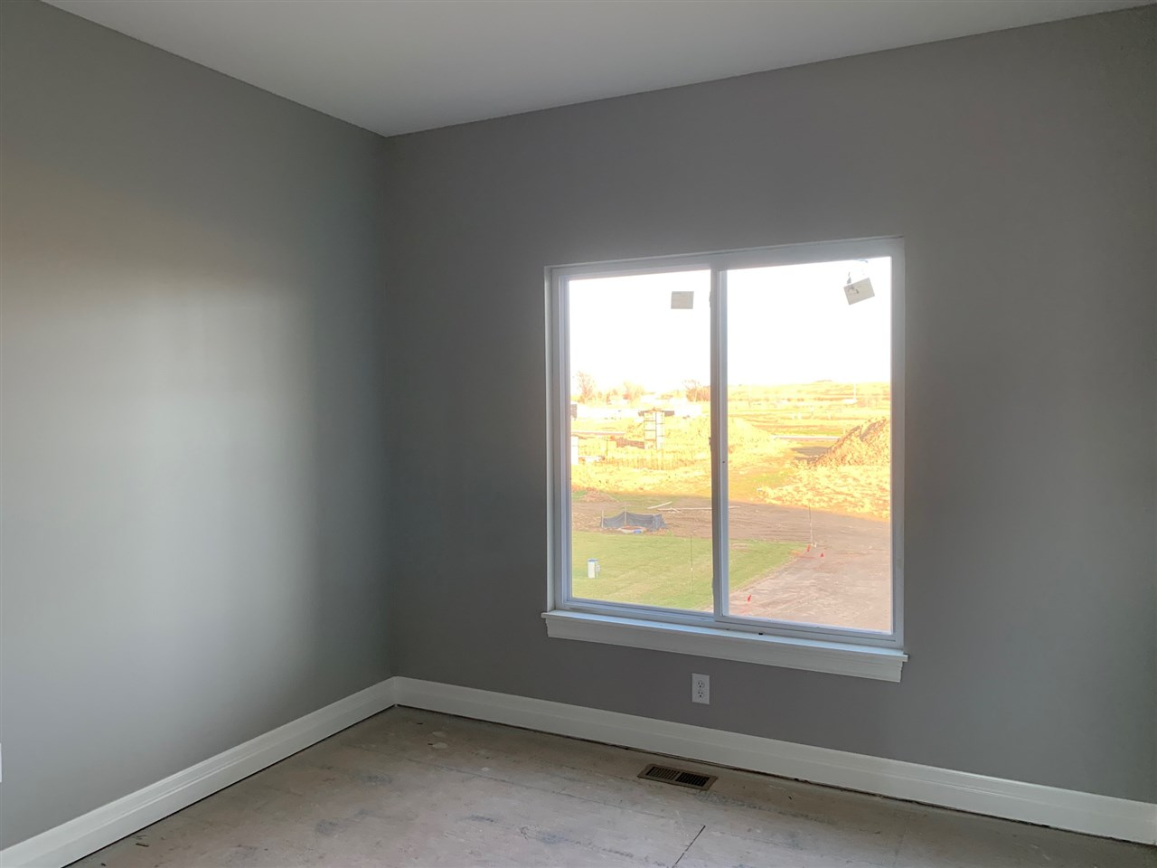 For Sale: 6021 Kollmeyer Ct, Wichita, KS, 67205,