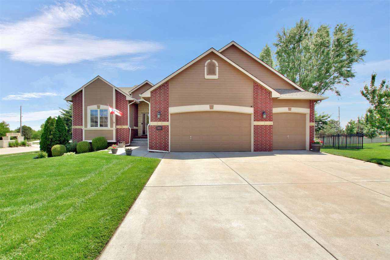 You won't want to miss this beautifully-updated 5 bed/3 bath home in the Maize School District! This