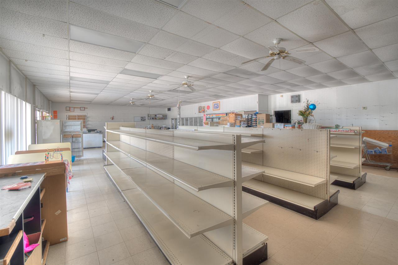 For Sale: 1804 W 4th, Newton KS