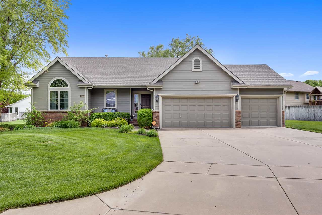 The curb appeal of this Green Valley ranch home on a quiet cul de sac is A+!  Low maintenance landsc