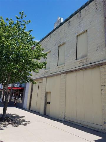 For Sale: 215 N WASHINGTON AVE, Wellington KS