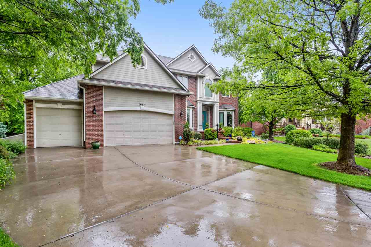 Beautiful One Owner Custom Home in The Stately Tiara Pines Addition, Derby! Situated in a quiet Cul-