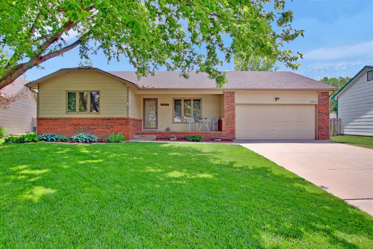 Take a look at this lovely ranch home with great curb appeal in a friendly quiet neighborhood. This
