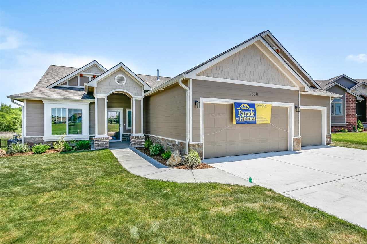 Gorgeous new build in Winchester Estates! Located in the Andover Central school district, this impec