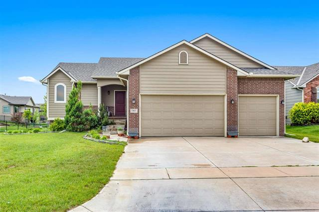 For Sale: 13811 E MAINSGATE CIR, Wichita KS