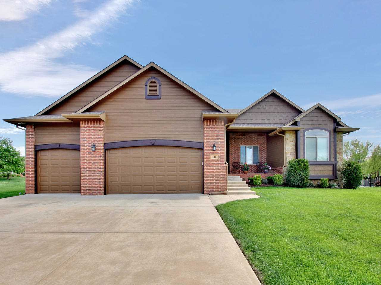 Welcome home to this gorgeous 5 bedroom, 3 bath home located in the The Meadows at Auburn Hills.  Th