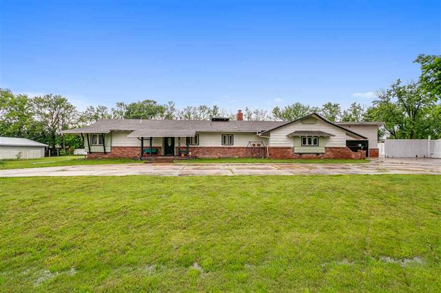 For Sale: 2921 N Nancy Ln, Derby KS