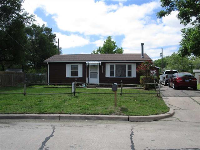 For Sale: 1837 S SAINT PAUL ST, Wichita KS