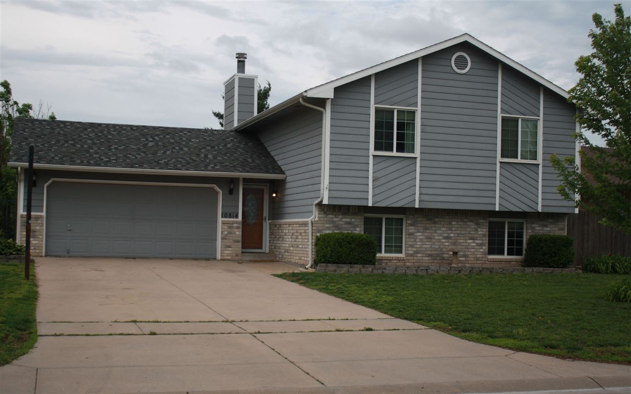 Come see this 3 bedroom, 2 bath home. The kitchen has granite countertops, gas stove and Blanco sink