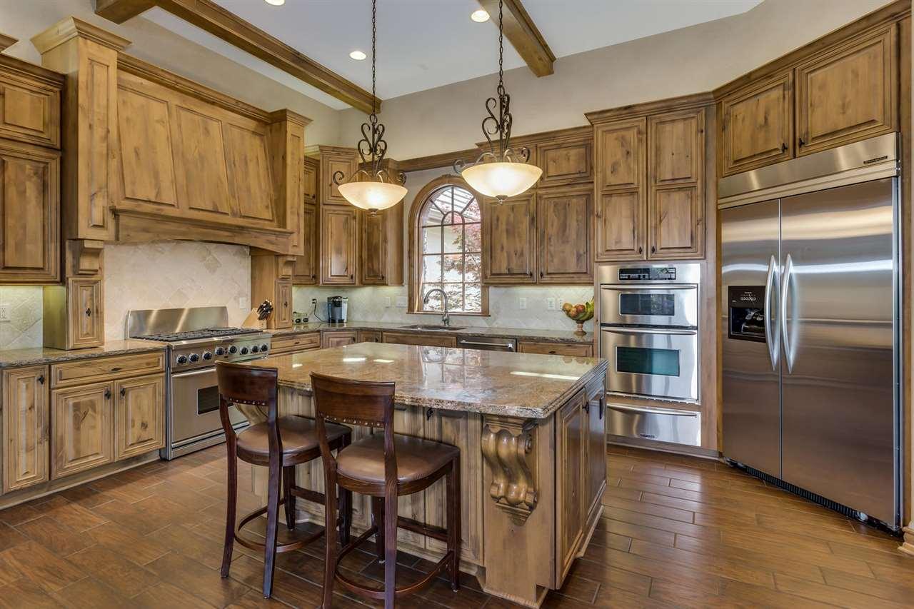 For Sale: 212 E Cedar Ridge Ct, Andover KS
