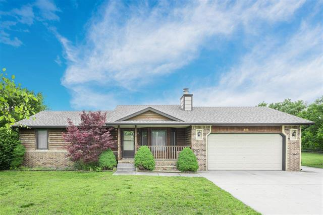 For Sale: 819 S Highland Dr, Andover KS