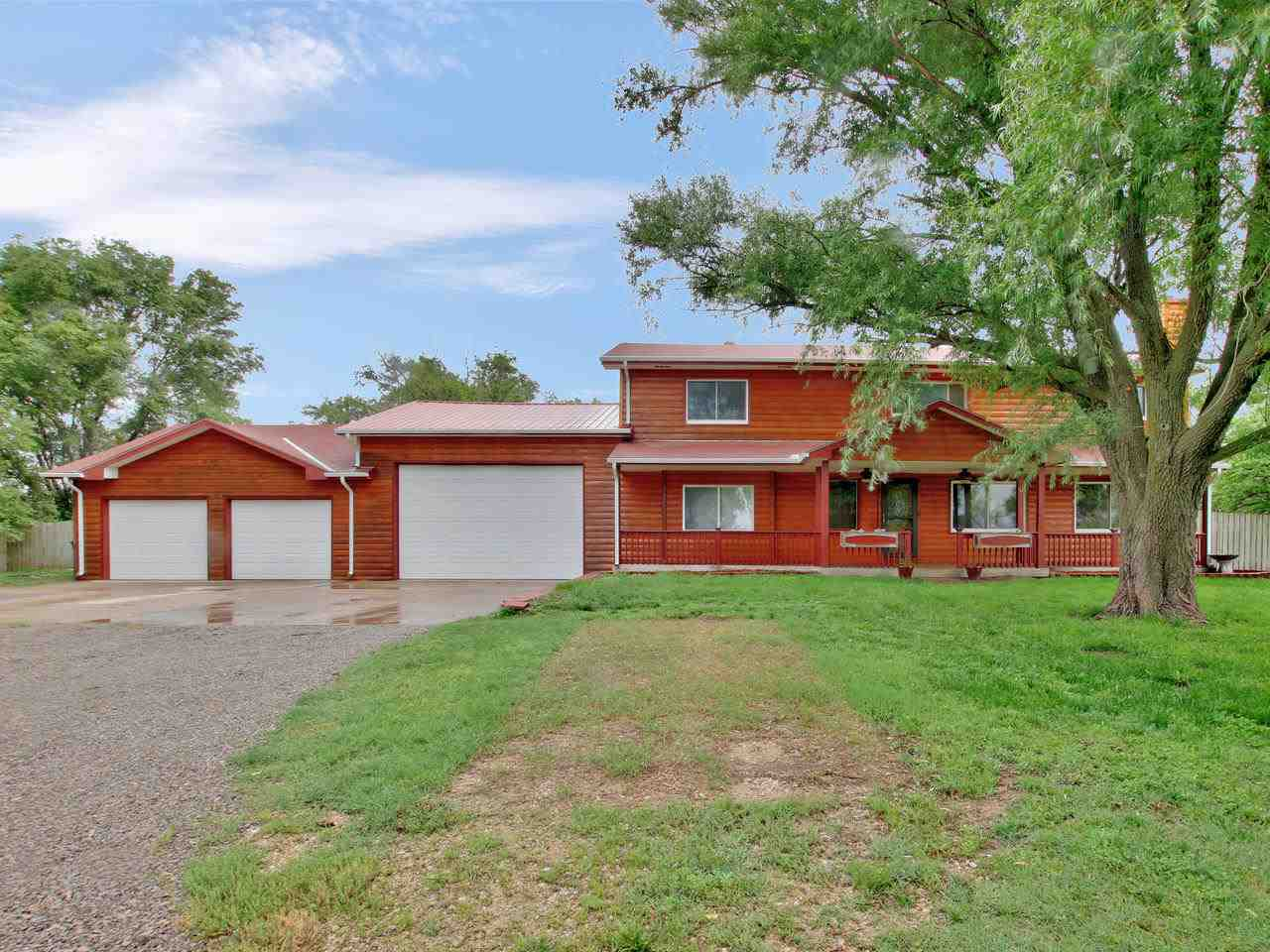 Welcome to this beautiful 4 bedroom home located on just under 2 acres in the wonderful Clearwater s